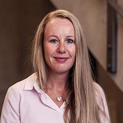 Sandra Abeling