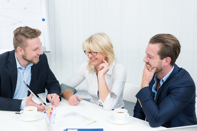 Setzen Sie beim Mitarbeiter-Interview auf verschiedene Meinungen. Vitapio